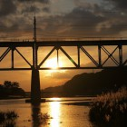 鉄橋と夕焼け